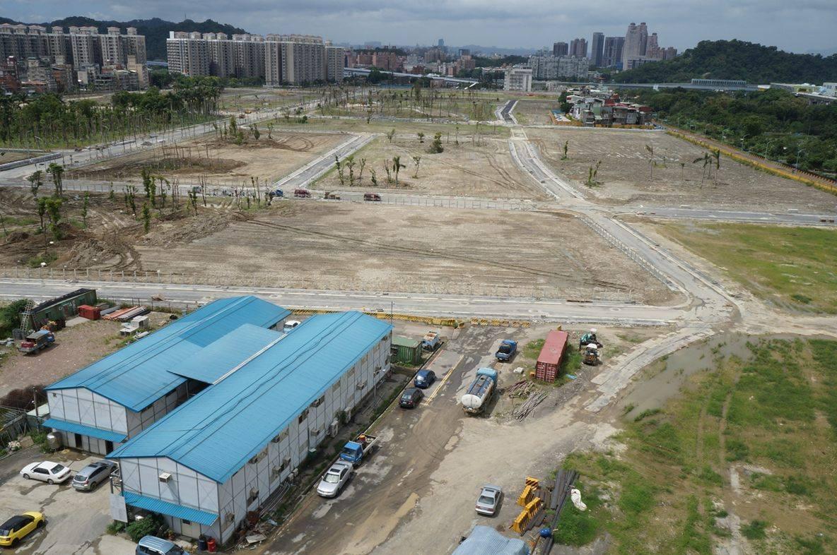 中央新村北案目前已在整地階段 圖為施工狀況。記者劉羽恒/攝影