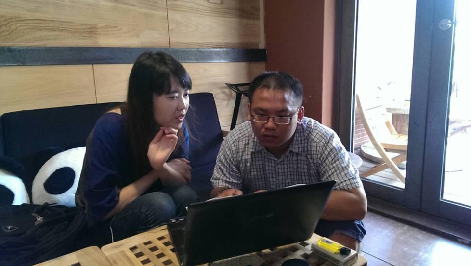 第一次採訪視障者,聽她說著自己未來的故事。圖片提供/葉書宏