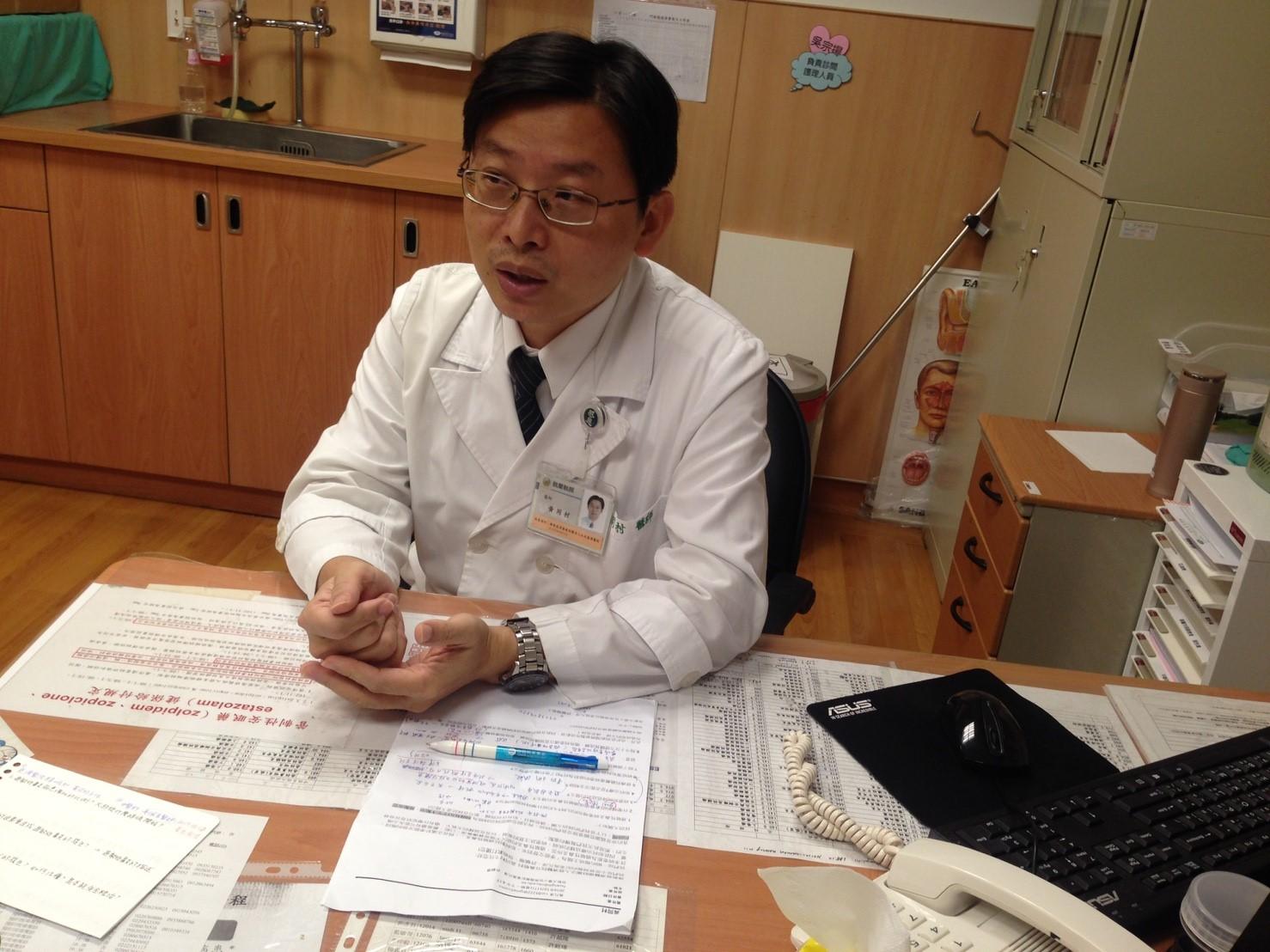 黃同村提到,因過敏反應所造成的鼻炎,就稱為過敏性鼻炎,可透過抽血檢驗出過敏原。攝影/許毓珊