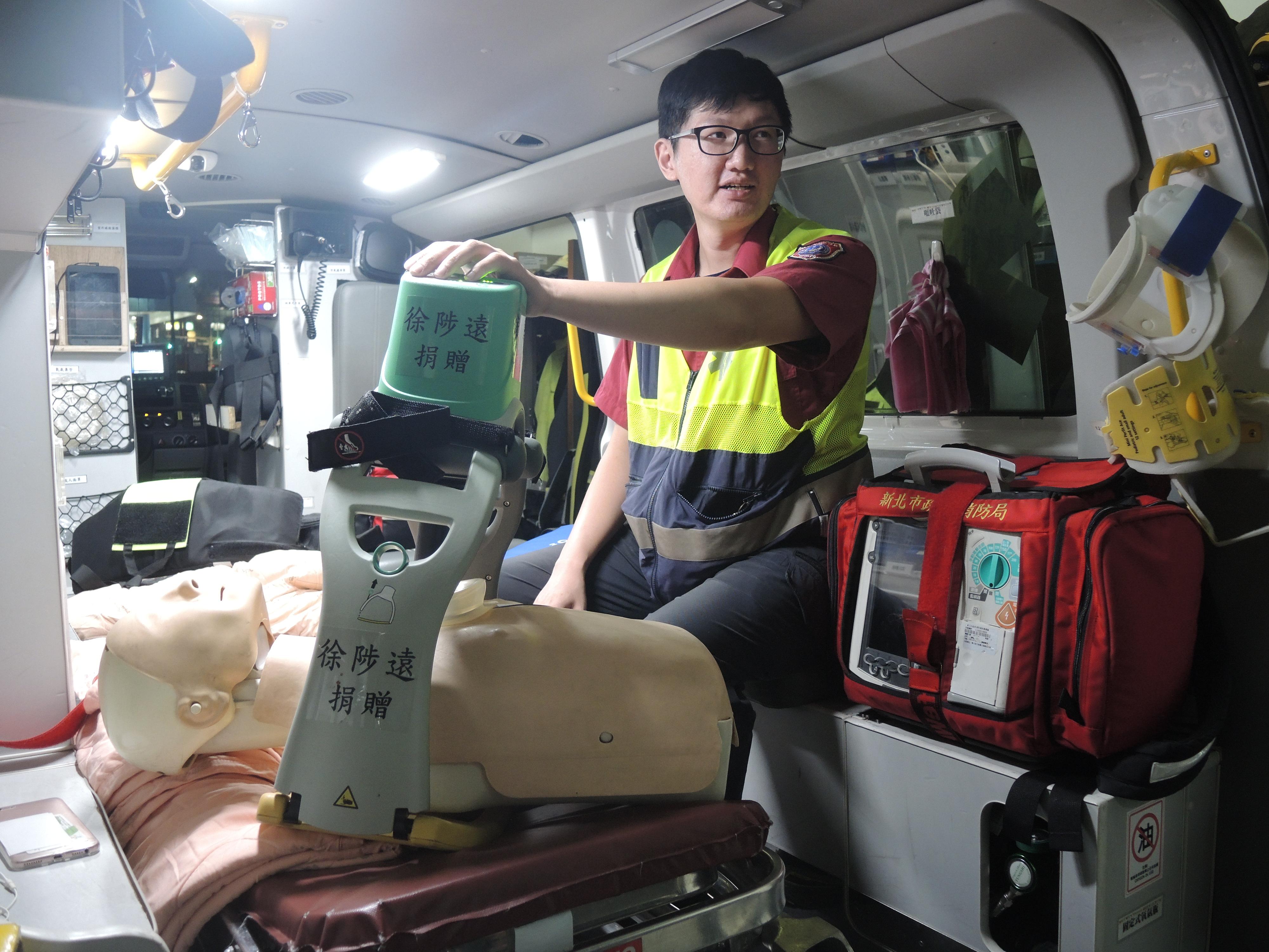 病人還未送達院前,CPR 是最關鍵的緊急措施。攝影/祝敏婷