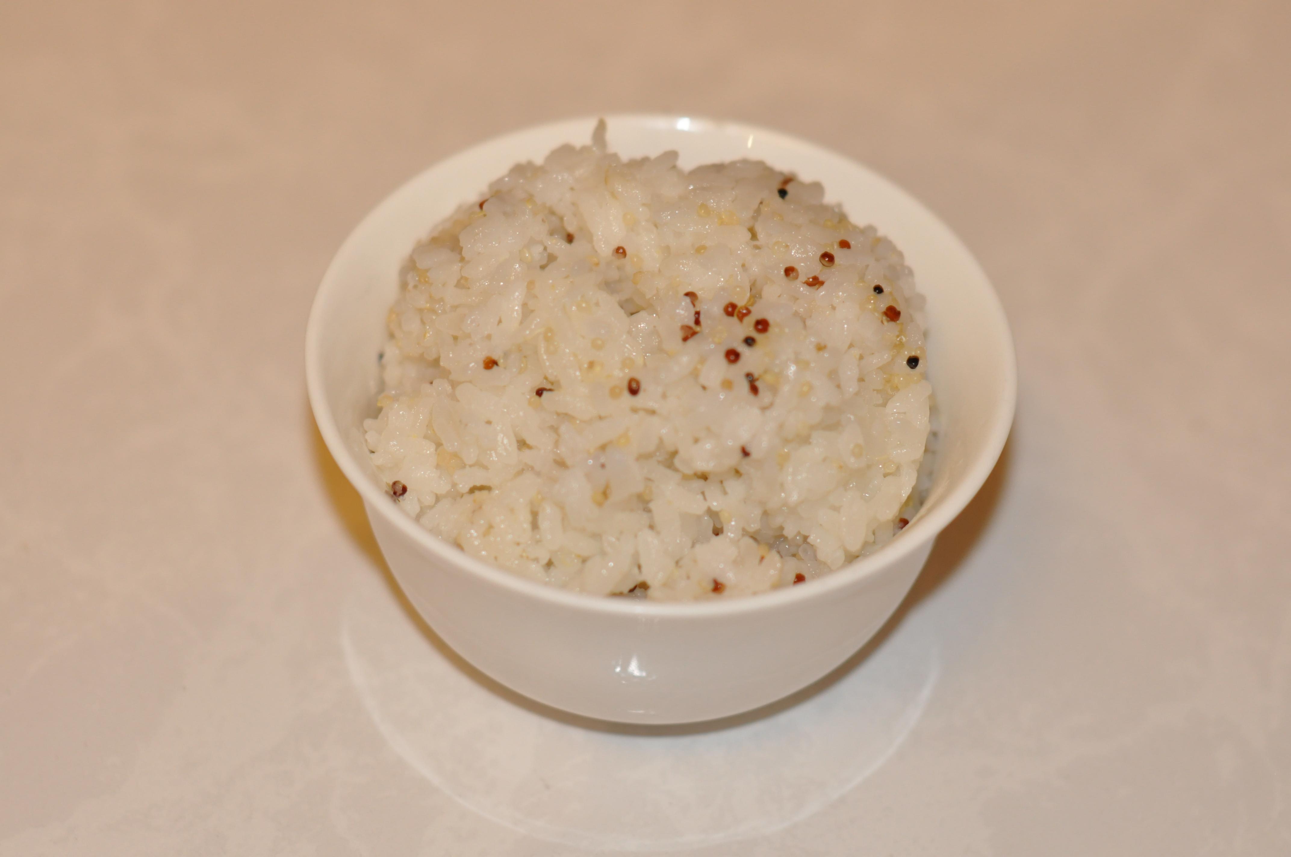 藜麥也可搭配白飯食用。攝影/李玟逸。