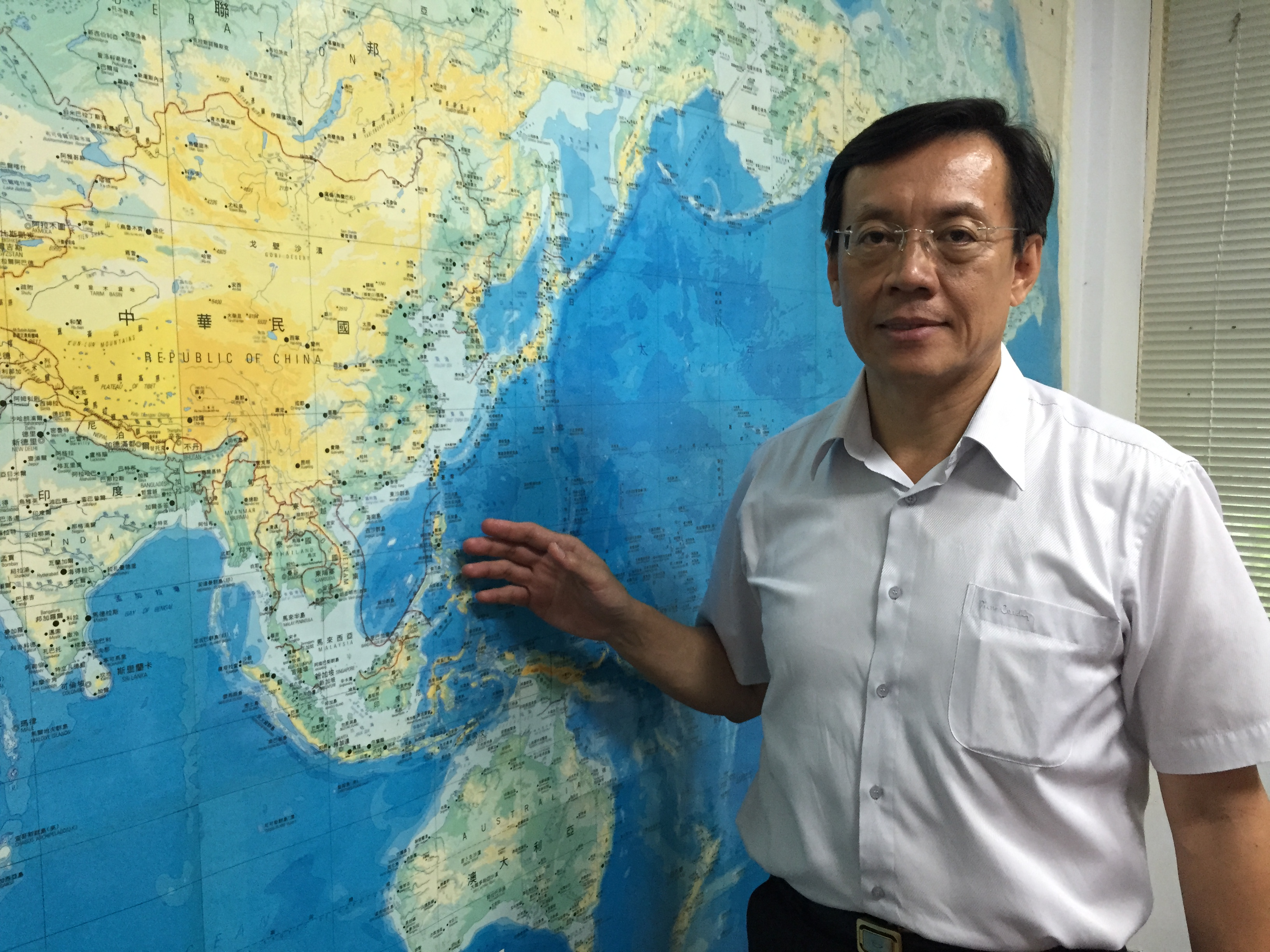 國立政治大學國際關係研究中心教授劉復國說明:台灣在南向國家的商機以及可能碰到的困境。  攝影/許珮姿