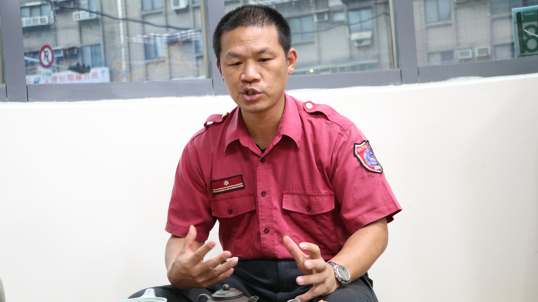 圖為新店消防分隊長張汝輝。 攝影/戴葳