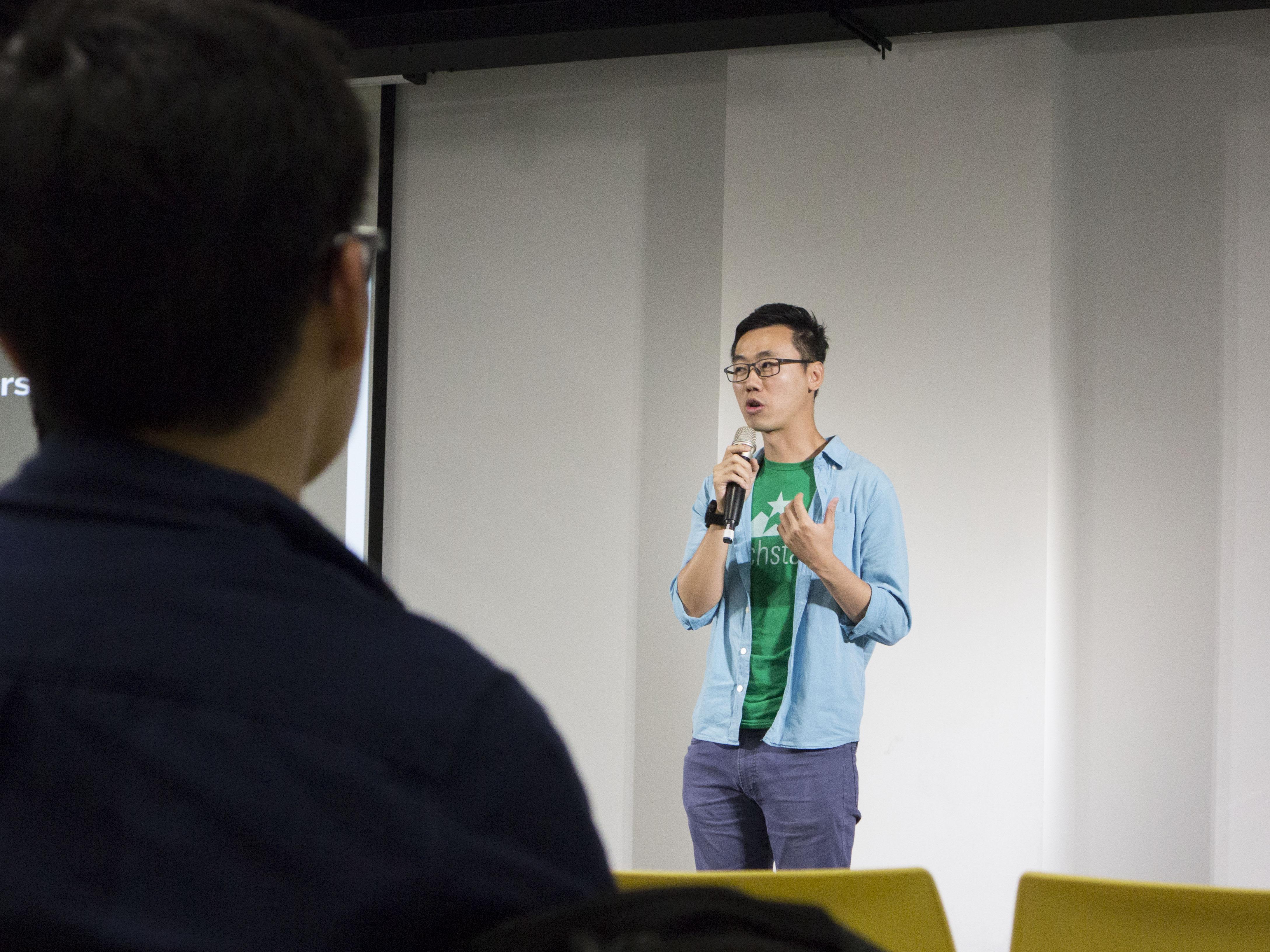 黃彥嘉Aldrich Huang(UXTesting創辦人/CEO)生動講述參與Techstars加速器的經驗。攝影/黃愔晴