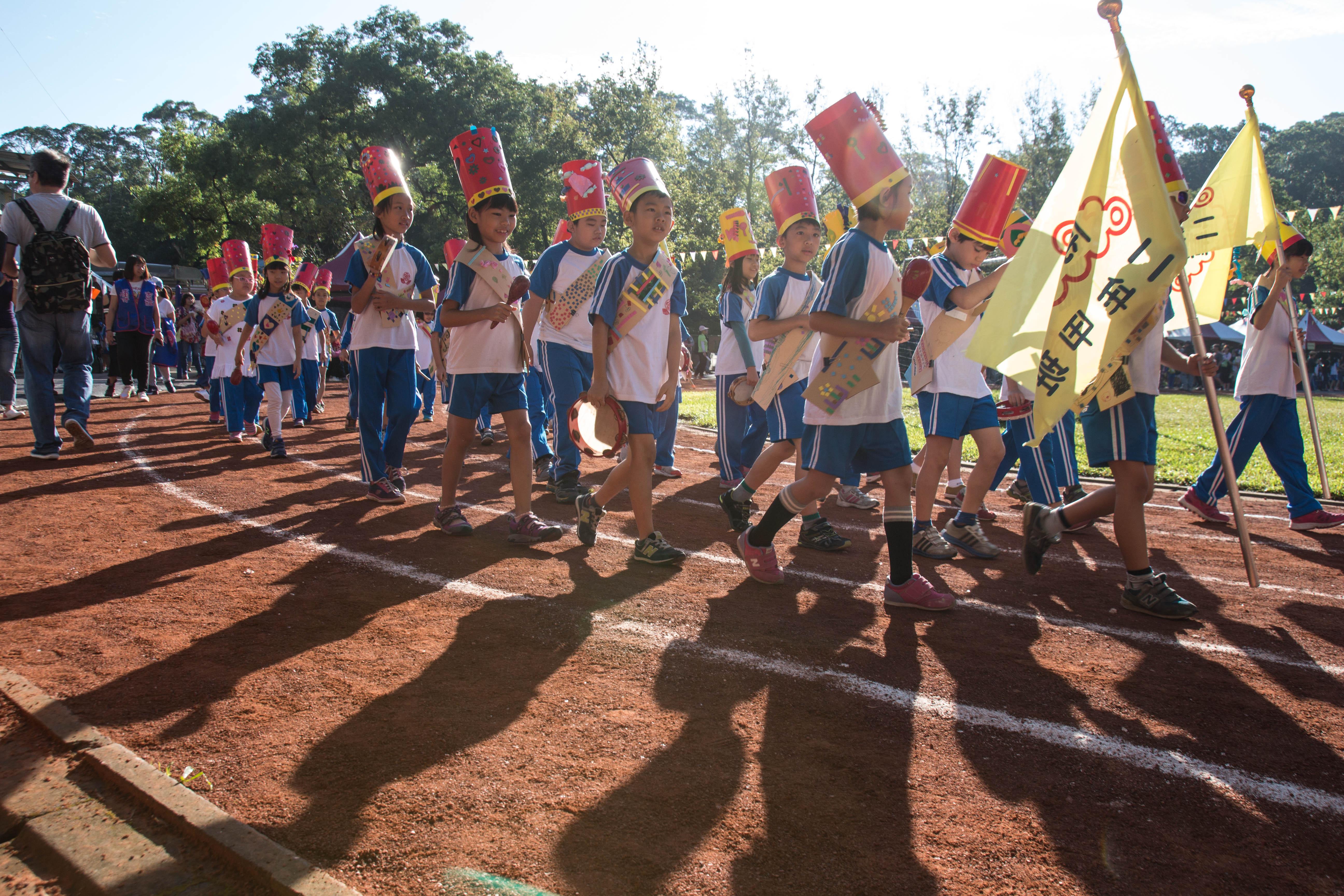 博嘉國小校慶進場大玩創意,設計全由學生一手包辦。攝影/高子涵