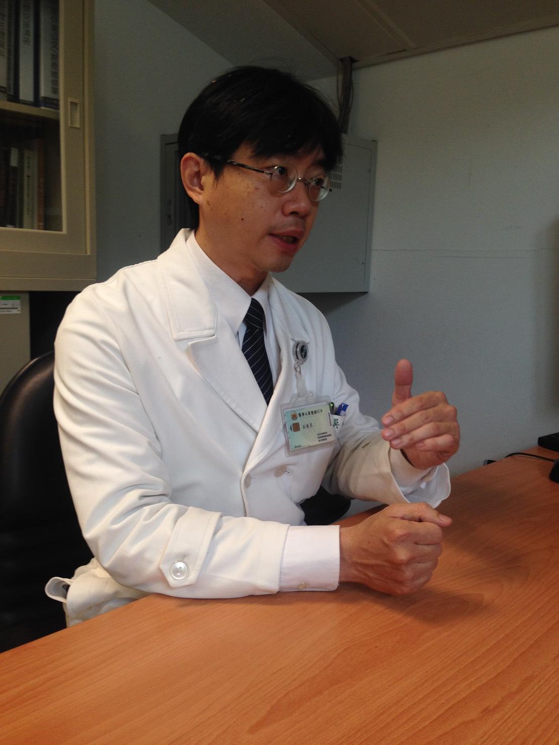 針對孩童得到流感原因,兒科部醫師吳秉昇表示,大多是透過接觸。攝影/許毓珊