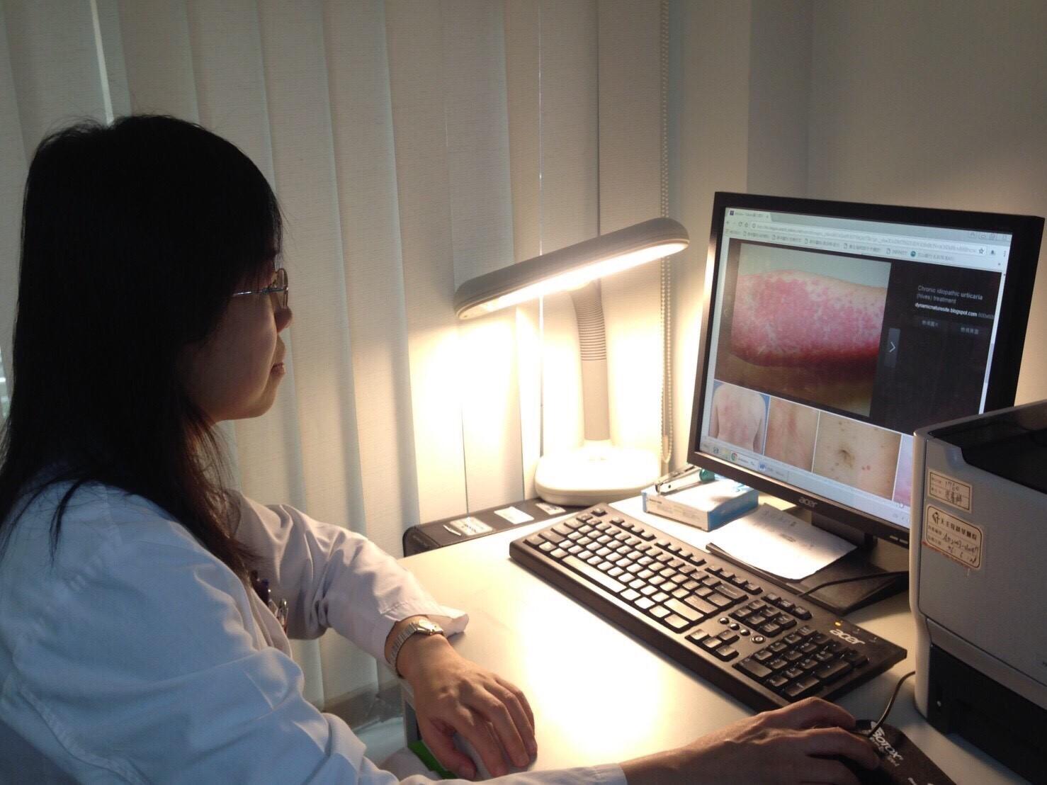 蕁麻疹的特殊表現症狀為膨疹,是因為某部位細胞腫起來所產生的現象。攝影/高凡淳