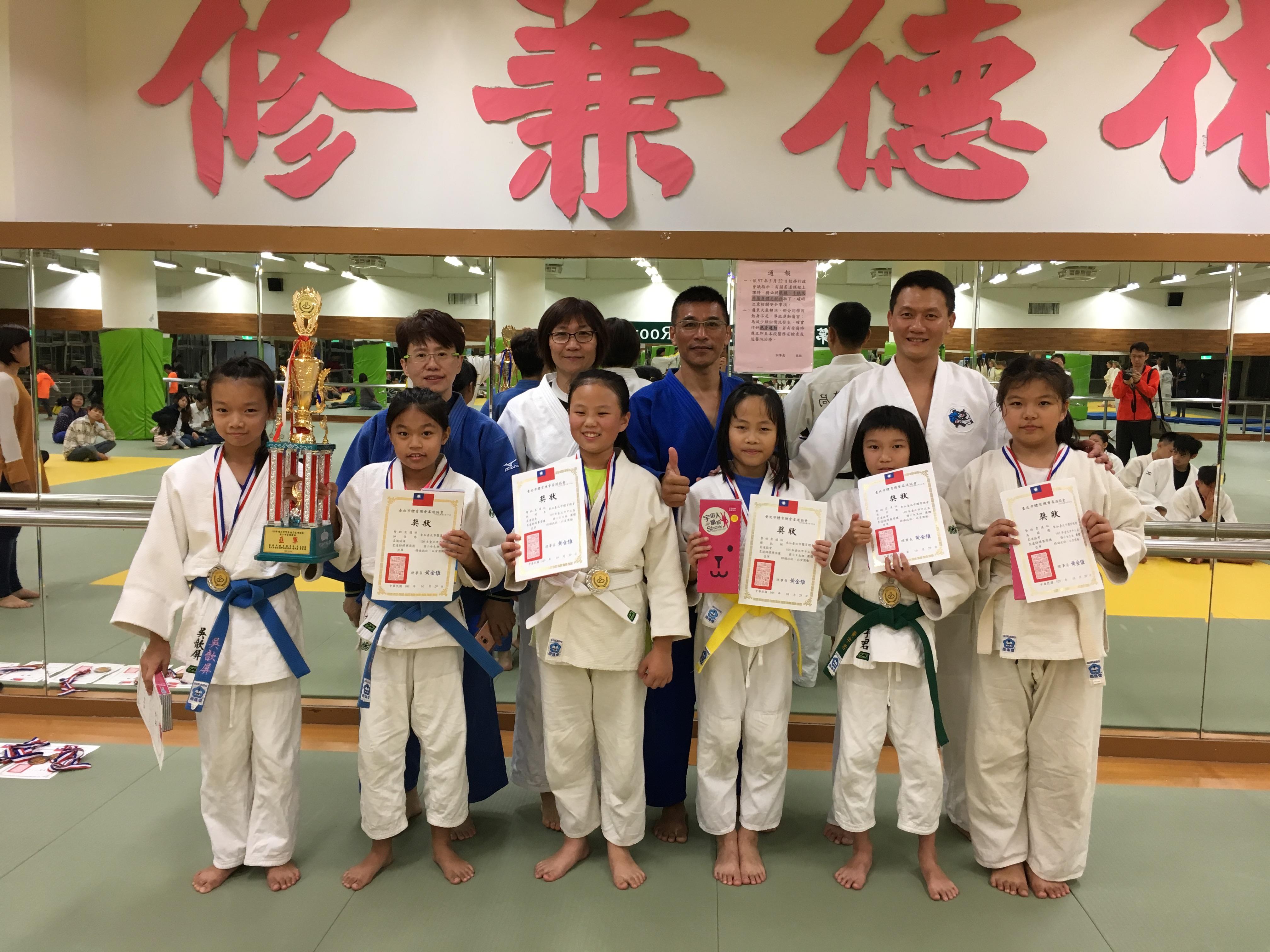 警幼柔道社在許多柔道比賽中,榮獲優異成績。攝影/羅紹齊