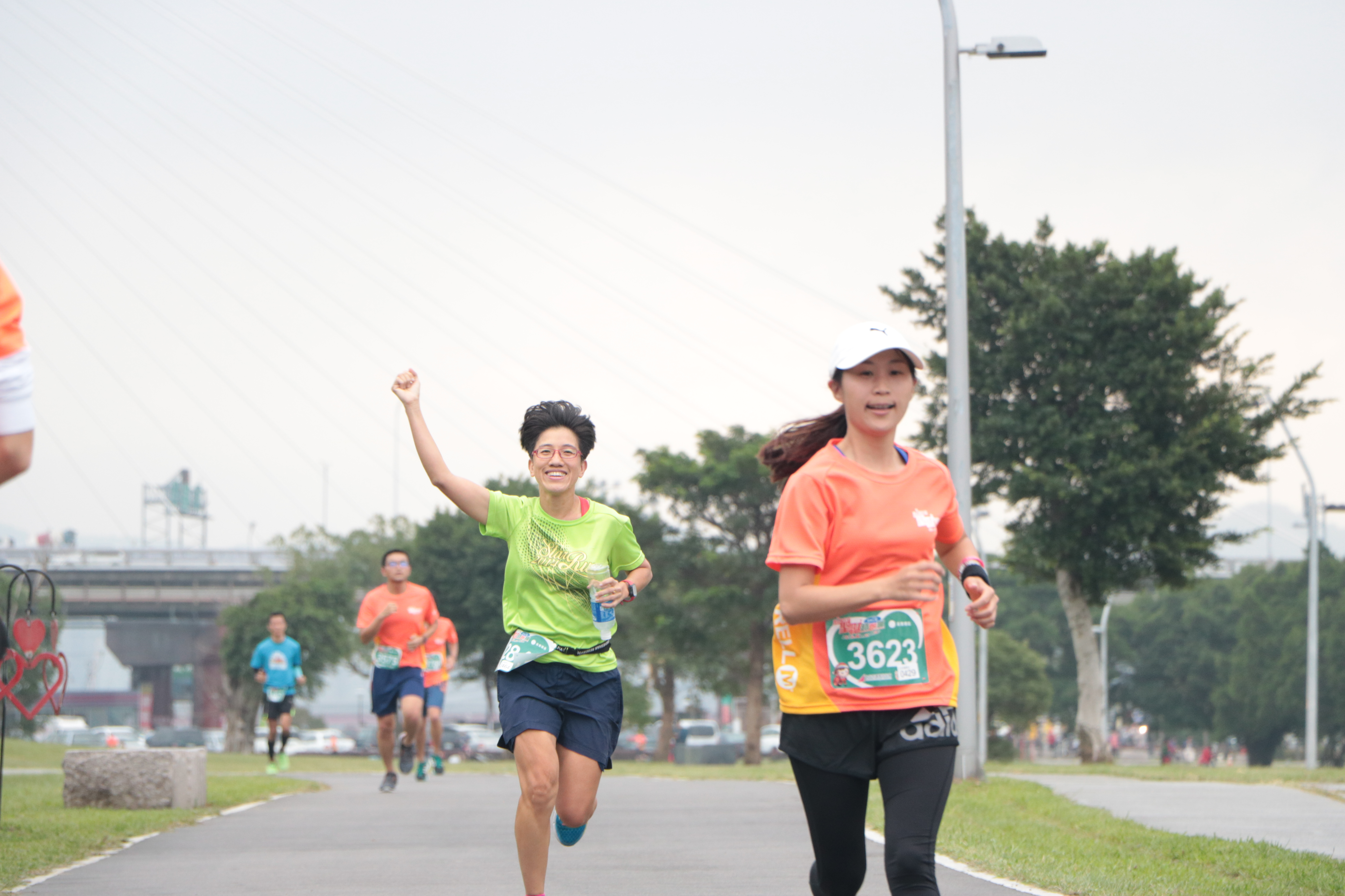 People are running on Christmas Charity Road Running. Photo/ Tsou, Fang-ting