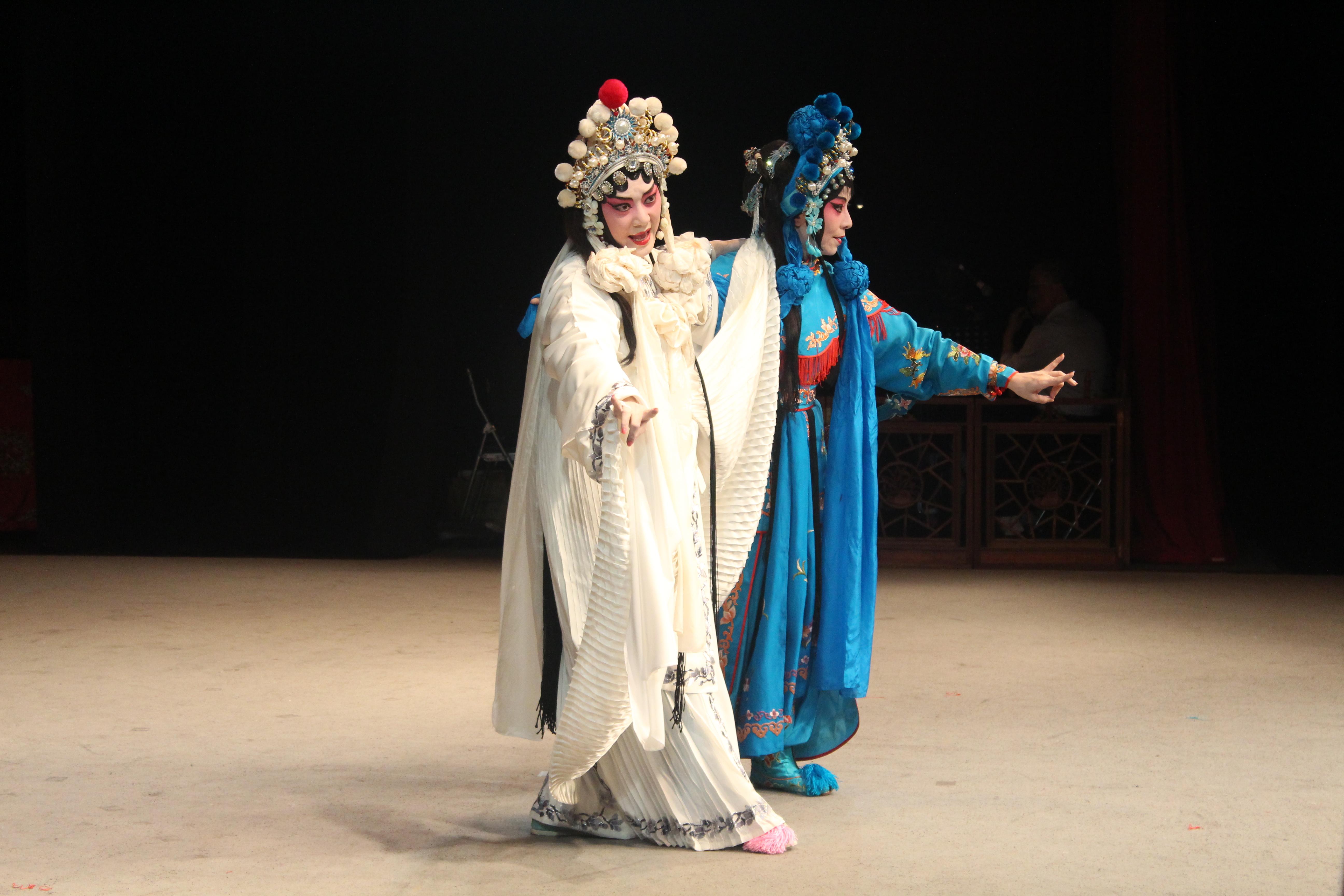經過台北崑劇團多年來的演出與推廣,有越來越多的人更加認識崑曲這項百年流傳下來的傳統戲劇。
