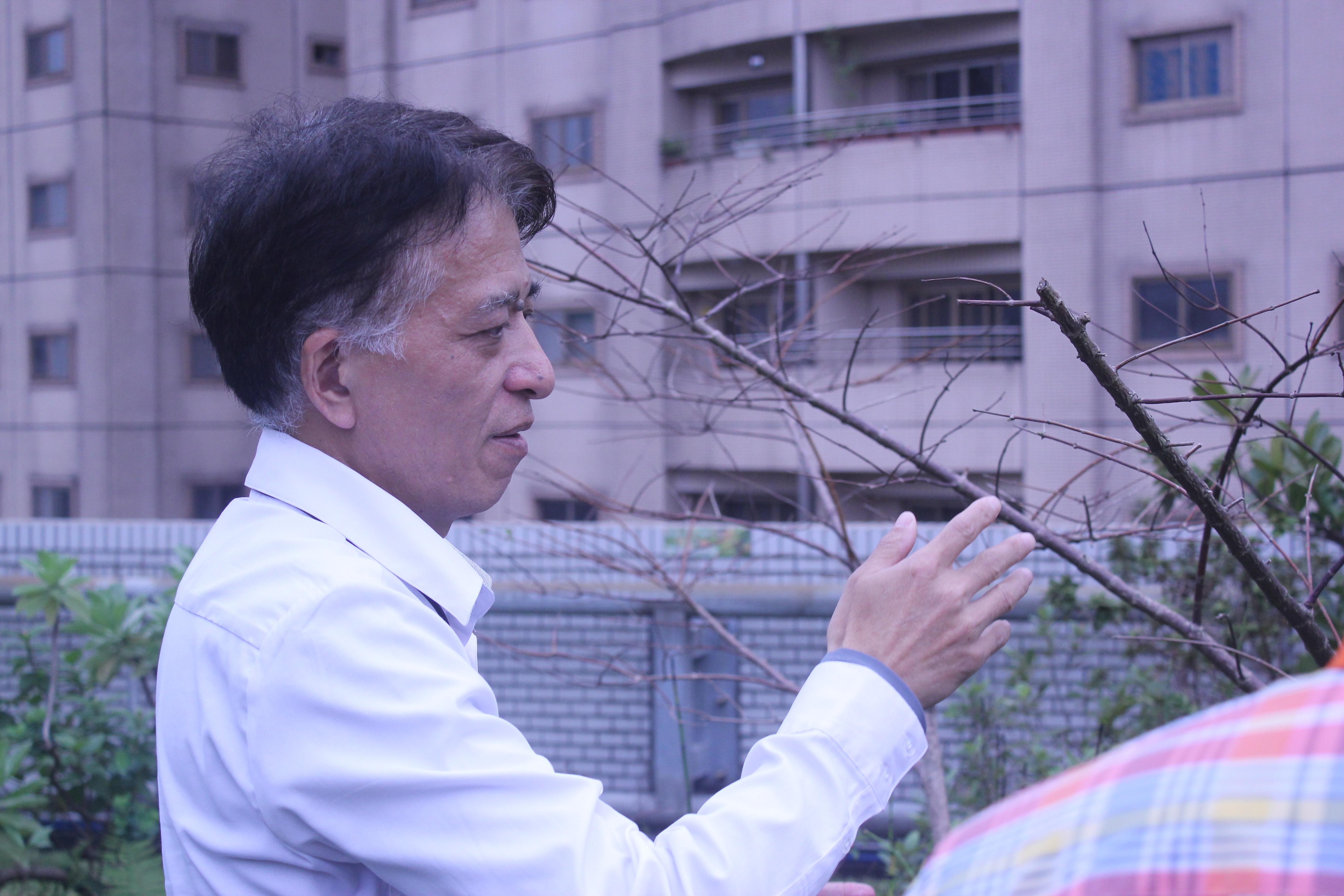 「G-HOME永續生態屋頂」設置計畫負責人技嘉科技永續發展辦公室處長朱福政。攝影/蔡家愷