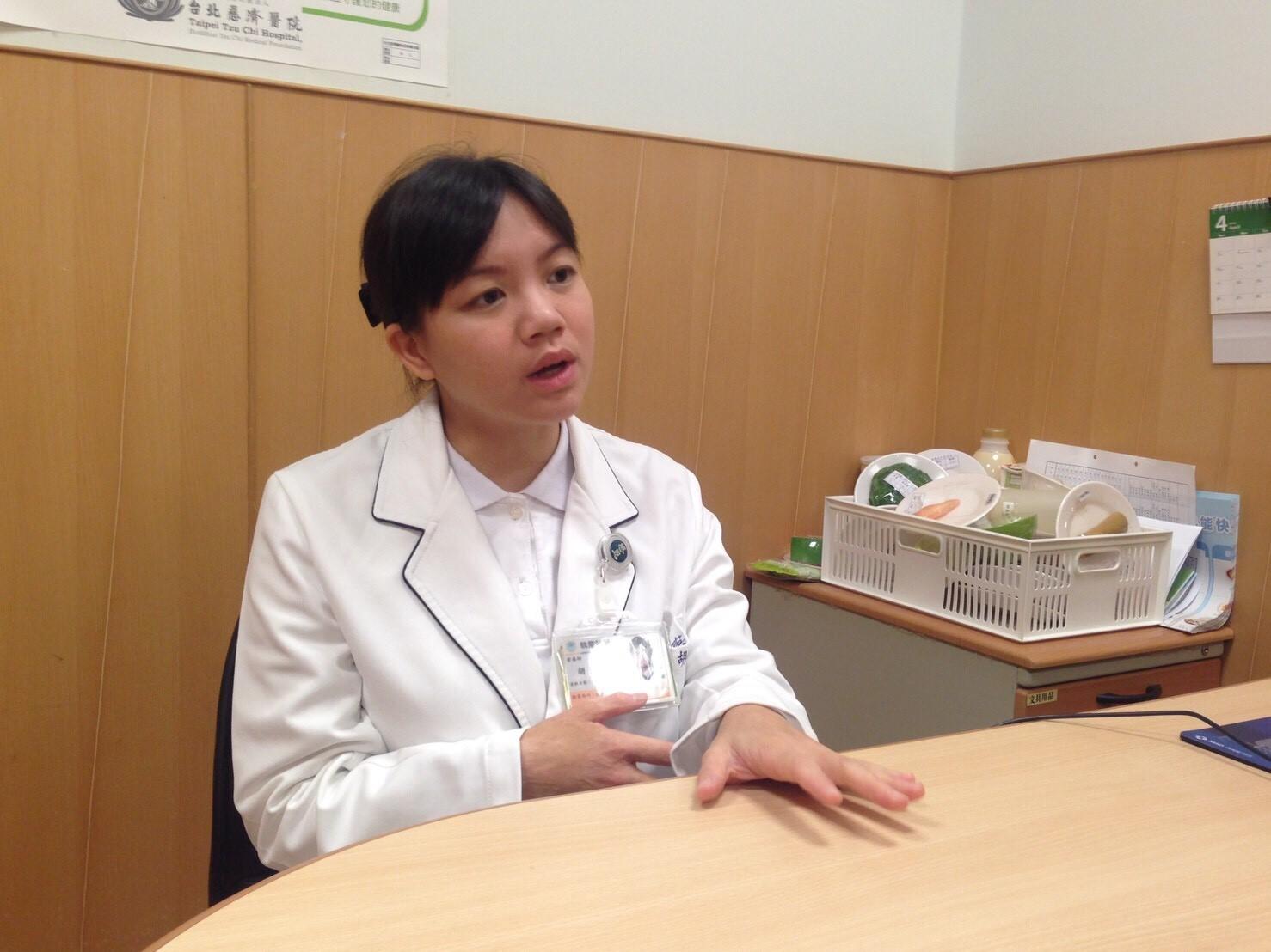 臺北慈濟醫院營養師胡芳晴指出,果乾及調味品都是水楊酸含量高的東西,有蕁麻疹症狀的患者應避免食用。攝影/許毓珊