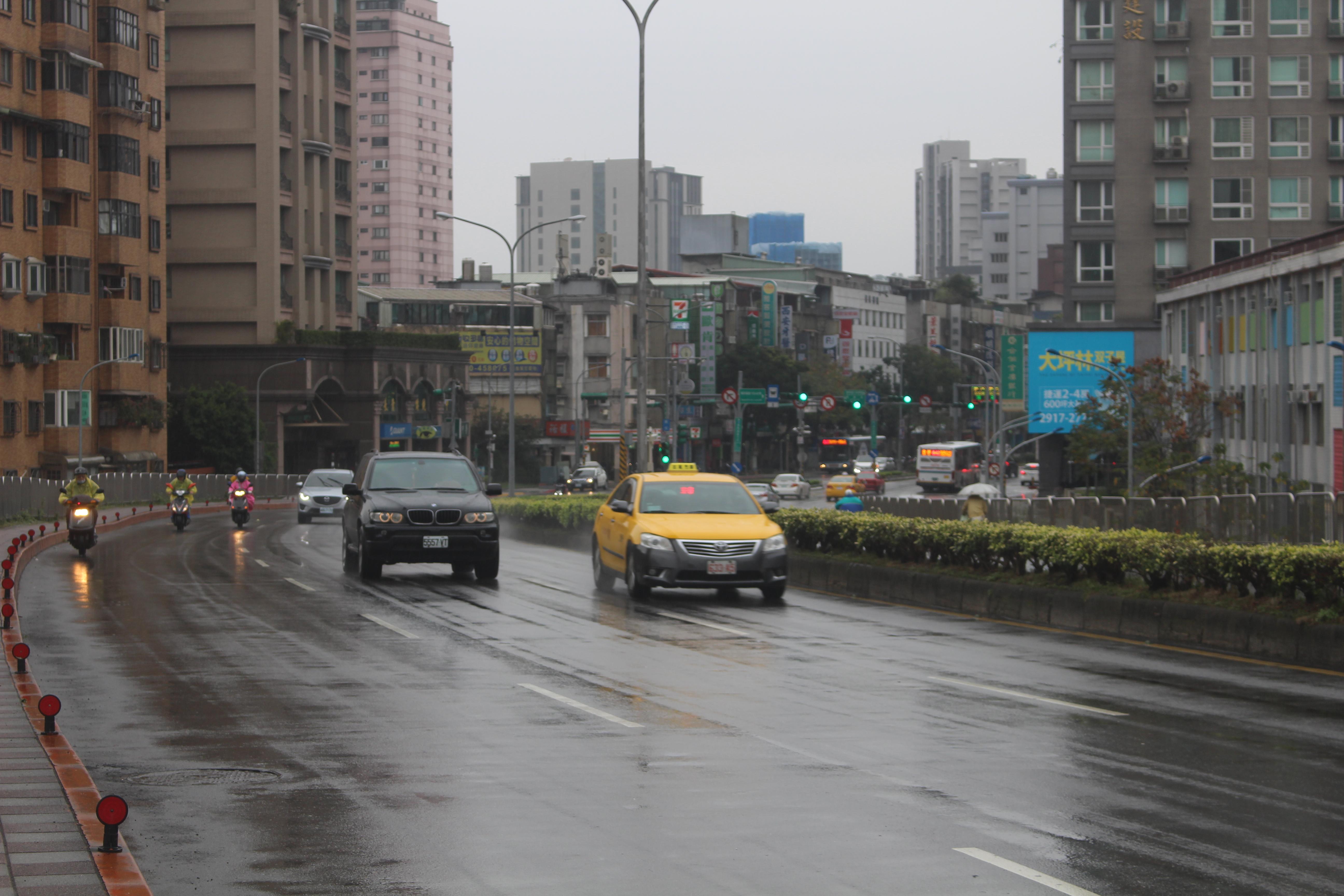 北新橋工程期間無進行封路,交通狀況未受影響。攝影/林聖捷