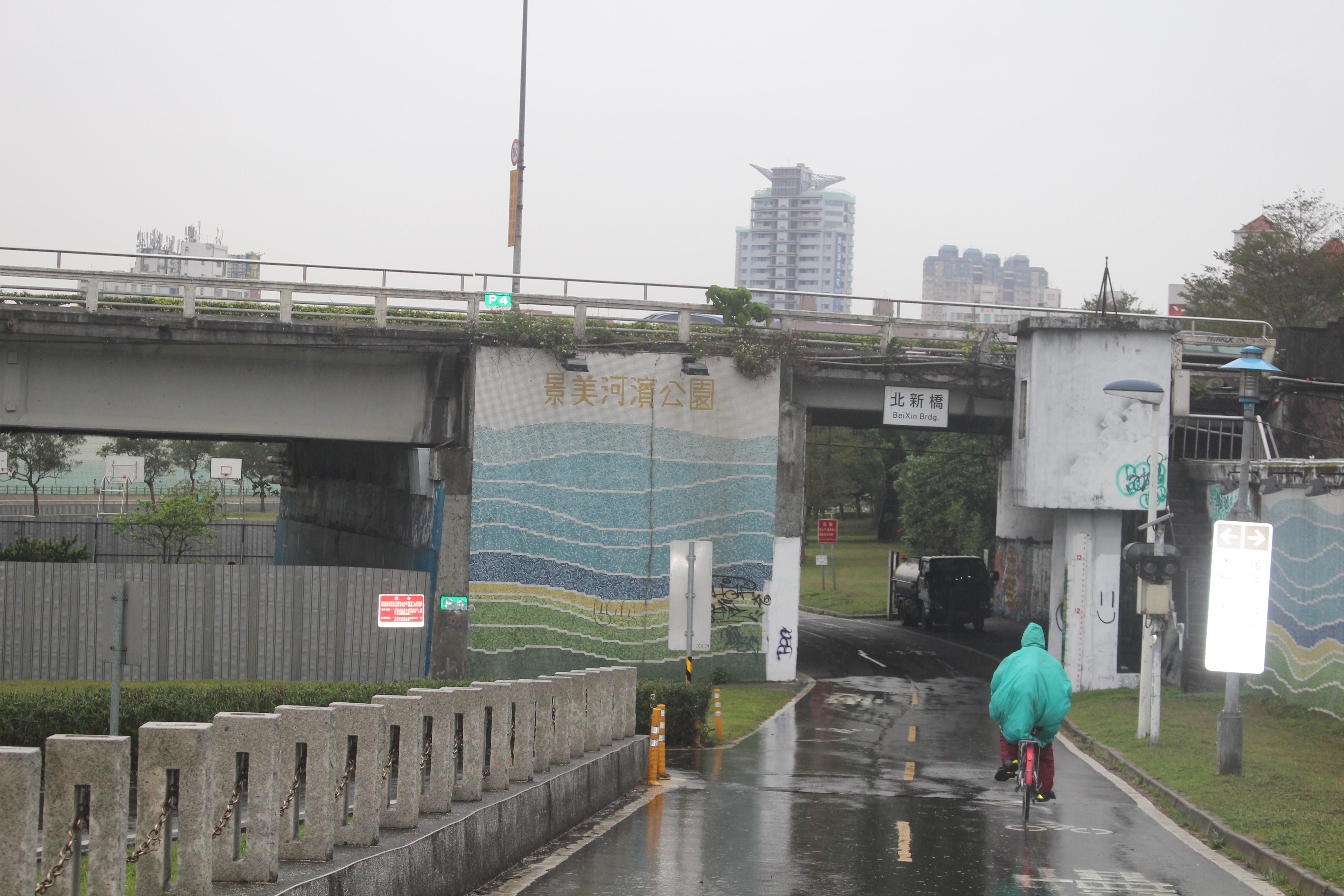 北新橋工程期間,用路人並未受到嚴重影響。攝影/林聖捷